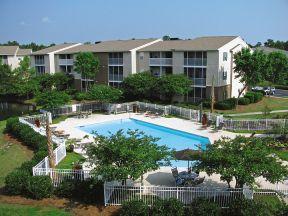 Litchfield Oaks Apartments